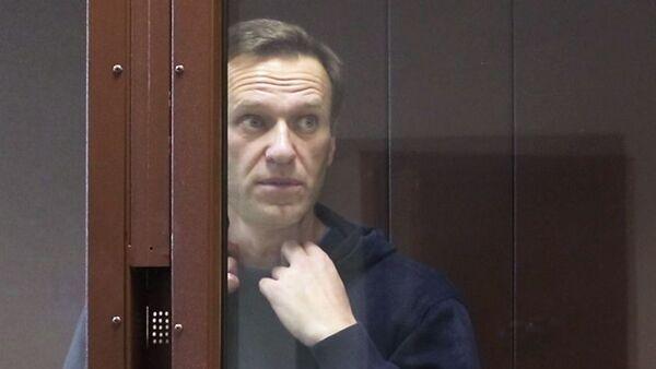 Руски опозиционар Алексеј Наваљни у суду у Москви - Sputnik Србија