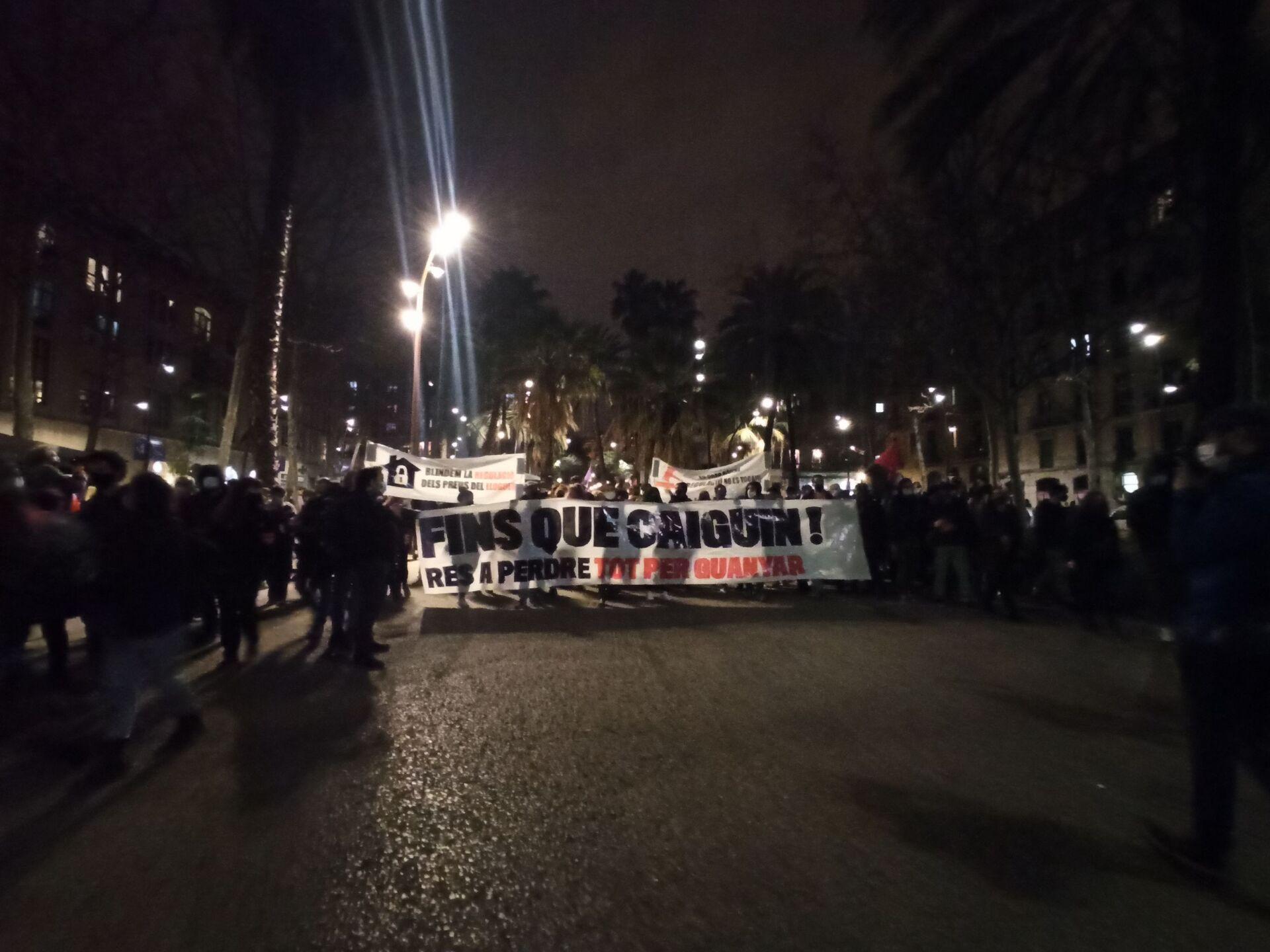 Protesti u Barseloni prerasli u nemire, najmanje desetoro privedenih /video, foto/ - Sputnik Srbija, 1920, 27.02.2021