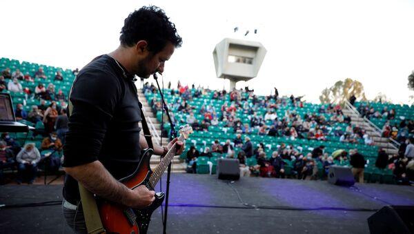 Концерт у Тел Авиву организован само за 500 вакцинисаних људи - Sputnik Србија