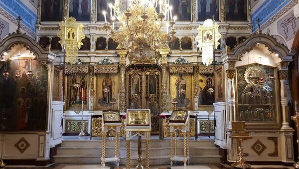 Unutrašnjost hrama Petra i Pavla - Sputnik Srbija