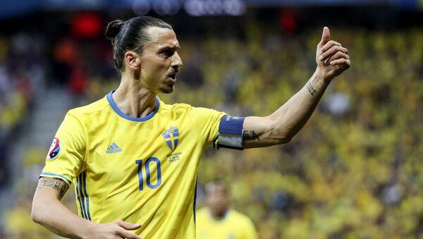 Zlatan Ibrahimović u dresu reprezentacije Švedske - Sputnik Srbija