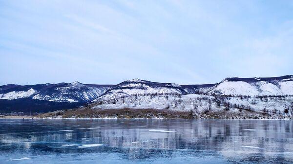 Лед на језеру Бајкал - Sputnik Србија