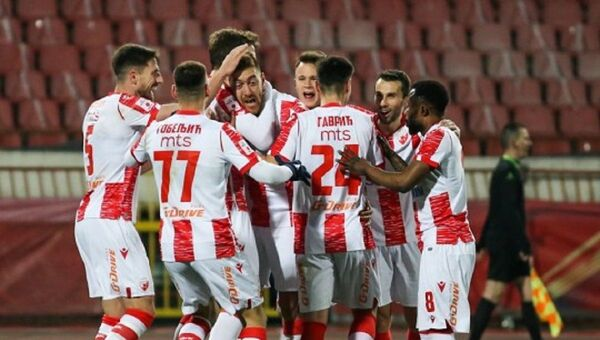 Fudbaleri Crvene zvezde - Sputnik Srbija