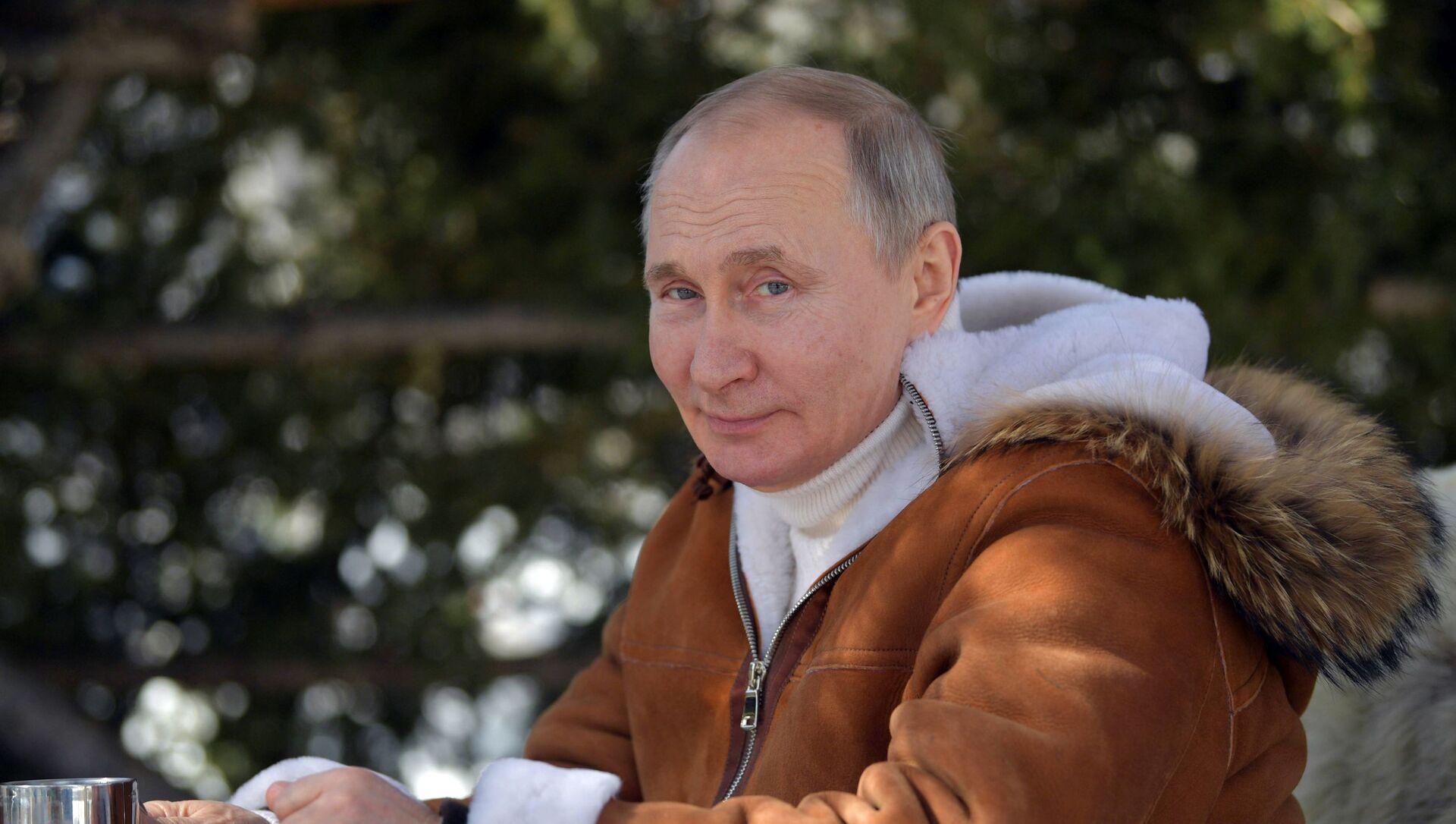 Одмор председника Руске Федерације В. Путина у Сибиру - Sputnik Србија, 1920, 24.03.2021