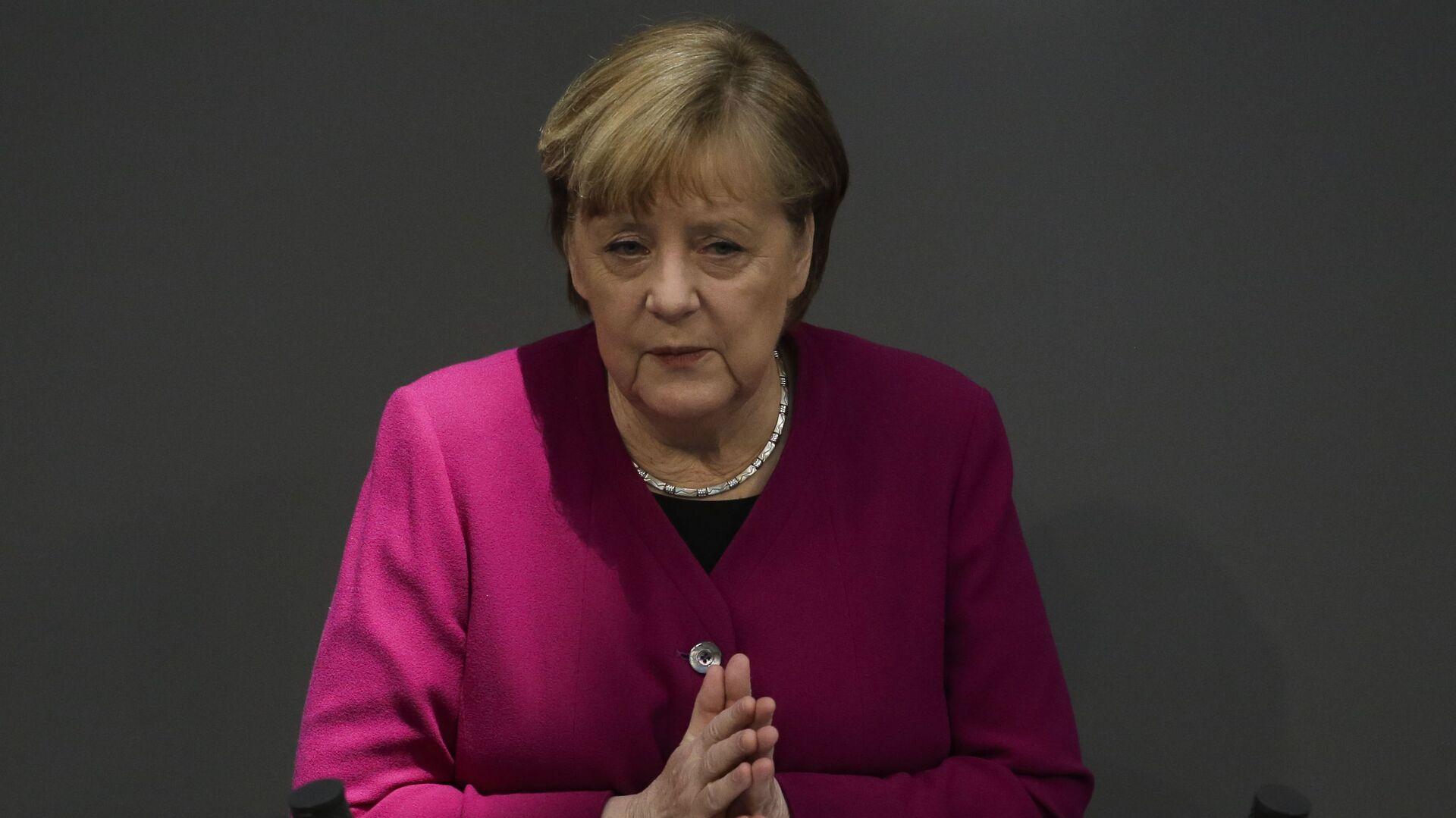 Ангела Меркел се обраћа посланицима у Бундестагу - Sputnik Србија, 1920, 25.03.2021