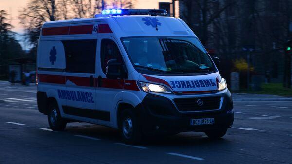Возило хитне помоћи - Sputnik Србија