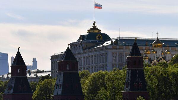 Zastava Rusije na Kremlju - Sputnik Srbija