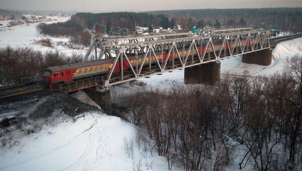 Транссибирска железница у близини Новосибирска - Sputnik Србија