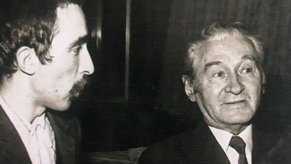 Miroslav Josić Višnjić i Miloš Crnjanski (desno) - Sputnik Srbija