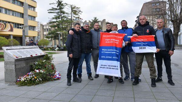 Дејан Богосављевић с херојима са Кошара - Sputnik Србија