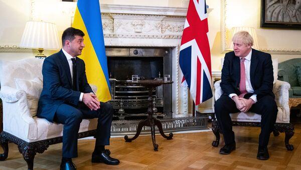 Председник Украјине Владимир Зеленски и премијер Велике Британије Борис Џонсон на састанаку у Лондону - Sputnik Србија