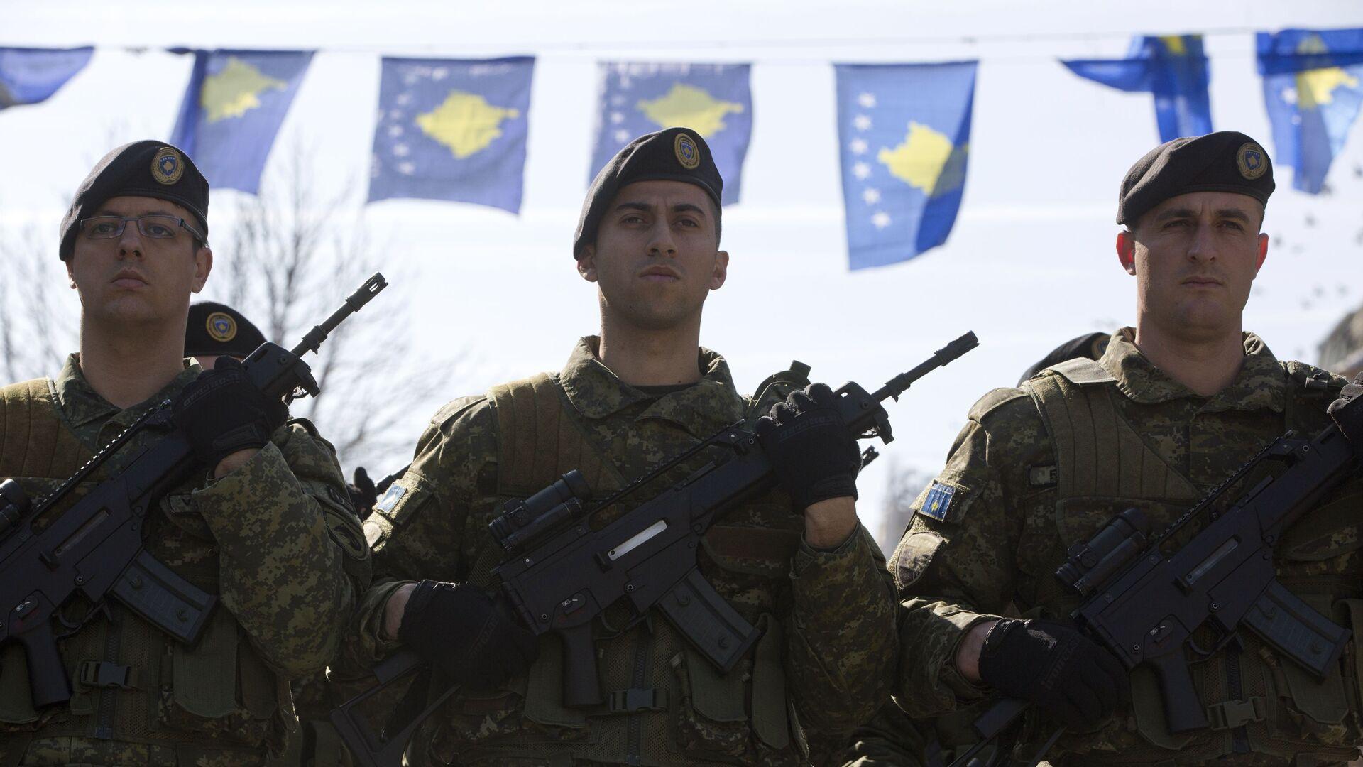Припадници косовских безбедносних снага - Sputnik Србија, 1920, 04.10.2021