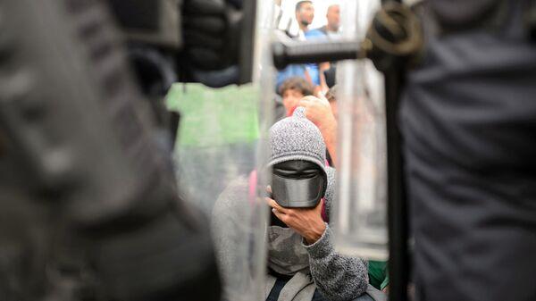 Мигранти на граници - Sputnik Србија