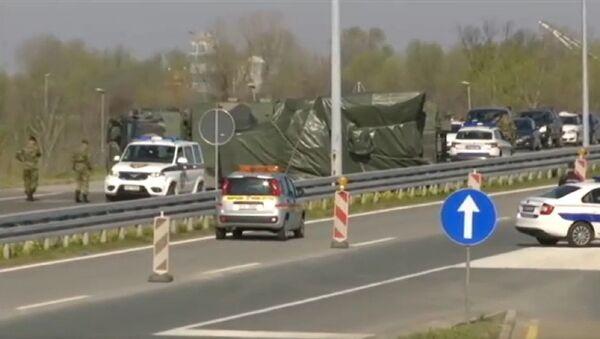 Prevrtanje kamiona Vojske Srbije sa raketama za sistem Pancir kod Ostružnice - Sputnik Srbija