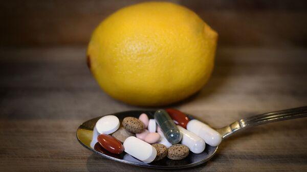 Витамини, лекови - Sputnik Србија