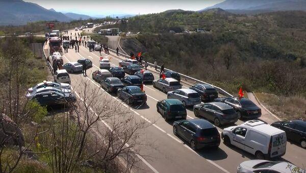 Blokada saobraćaja na putu Nikšić-Podgorica kod mesta Bogetiće - Sputnik Srbija
