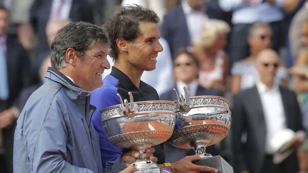 Rafael Nadal i njegvo stric Toni (levo) - Sputnik Srbija