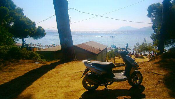 Mala plaža na grčkom ostrvu Skijatos - Sputnik Srbija