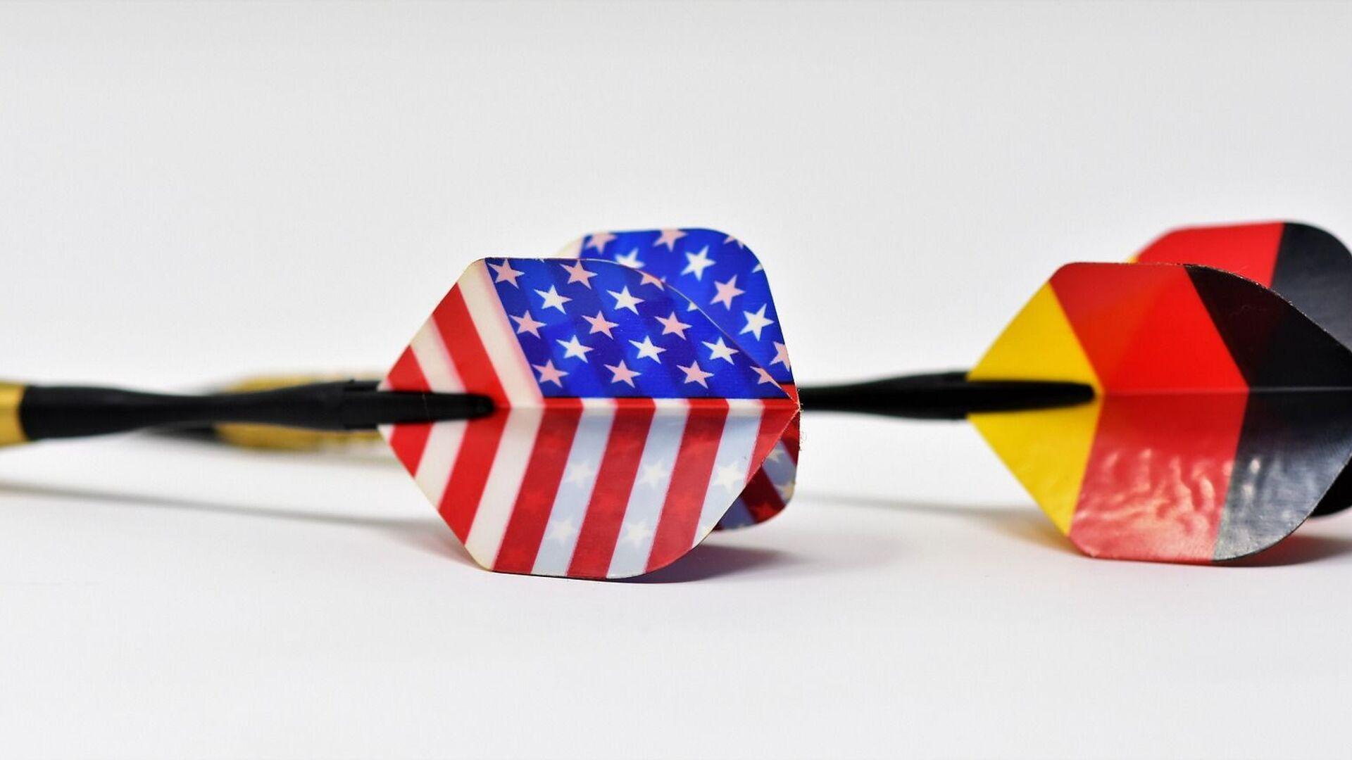 Пикадо стрелице са мотивима америчке и немачке заставе - Sputnik Србија, 1920, 18.04.2021