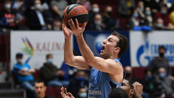 Košarkaš KK Zenit Sankt Peterburg Kevin Pengos - Sputnik Srbija