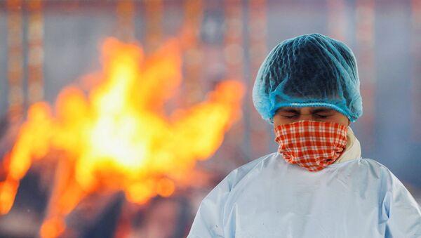 Krematorijum u Indiji za spaljivanje umrlih od virusa korona - Sputnik Srbija