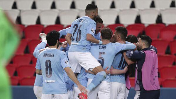 Фудбалери Манчестер ситија славе против Пари Сен Жермена - Sputnik Србија