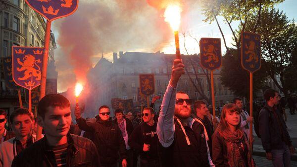 """""""Дотакли смо дно"""": Украјински посланик о бујању нацизма у земљи - Sputnik Србија"""