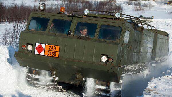 "Руско теренско возило ДТ-30 ""Витез"" - Sputnik Србија"