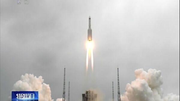 Lansiranje kineske rakete-nosača sa kosmodroma Venčang - Sputnik Srbija