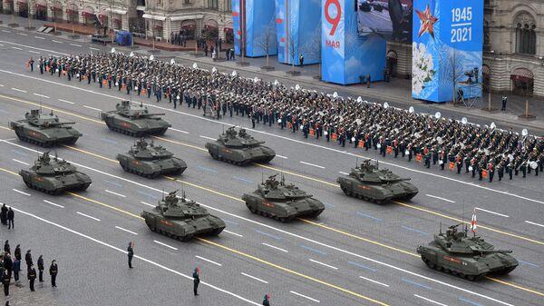 Тенкови Т-90М и Т-14 Армата на војној паради поводом обележавања 76. годишњице победе у Великом отаџбинском рату - Sputnik Србија