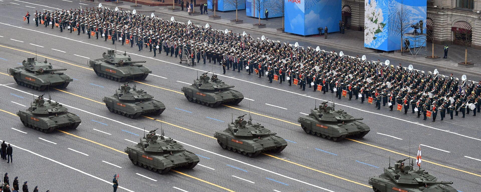 Tenkovi T-90M i T-14 Armata na vojnoj paradi povodom obeležavanja 76. godišnjice pobede u Velikom otadžbinskom ratu - Sputnik Srbija, 1920, 23.05.2021