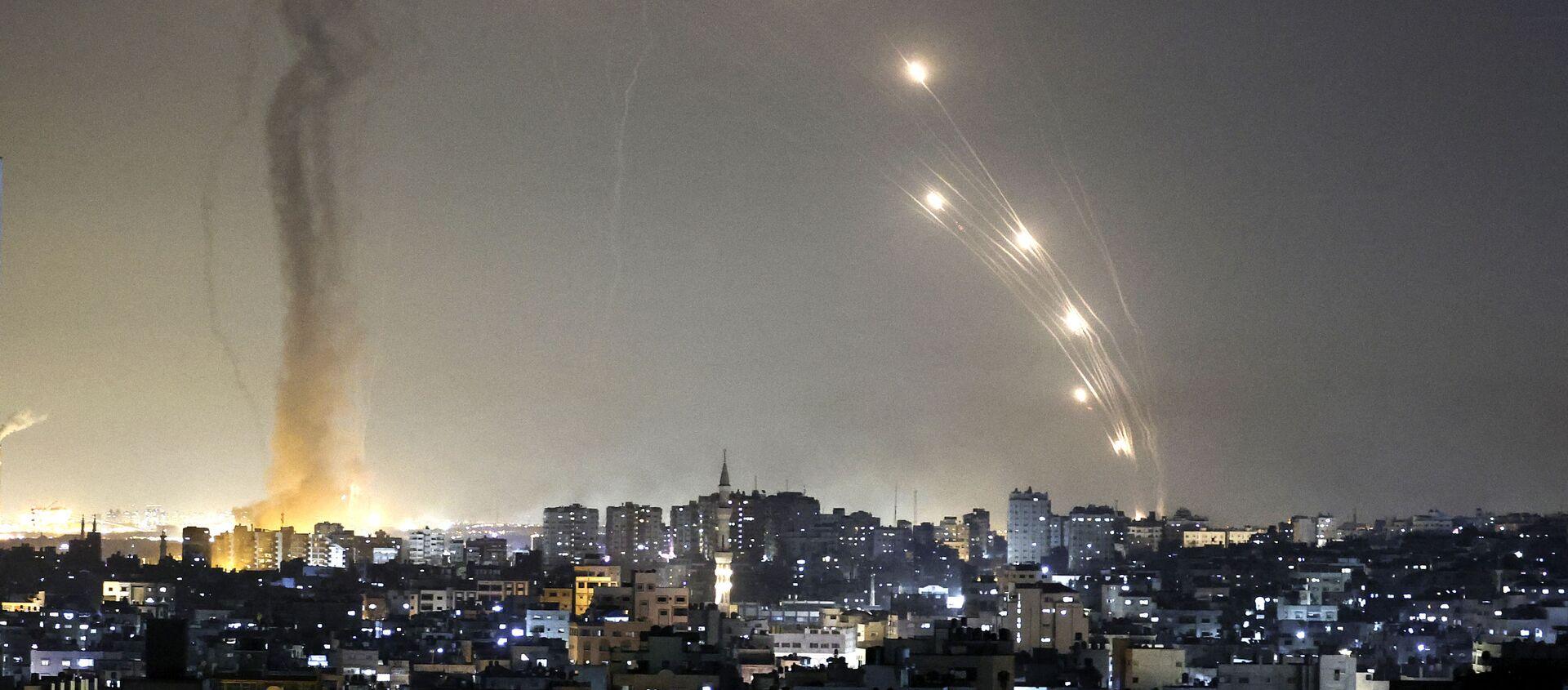 Ракете лансиране из Газе лете према Тел Авиву  - Sputnik Србија, 1920, 12.05.2021
