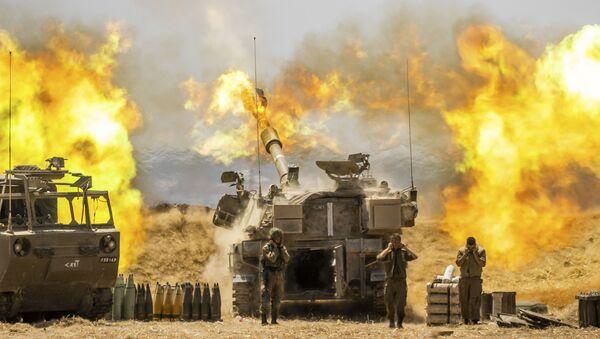 Izraelska artiljerija gađa ciljeve u Gazi - Sputnik Srbija
