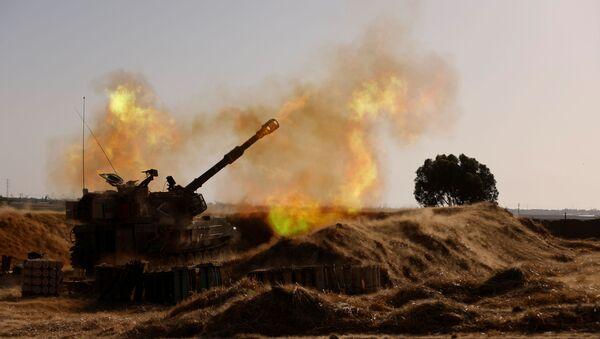 Izraelska artiljerija na granici sa Pojasom Gaze - Sputnik Srbija