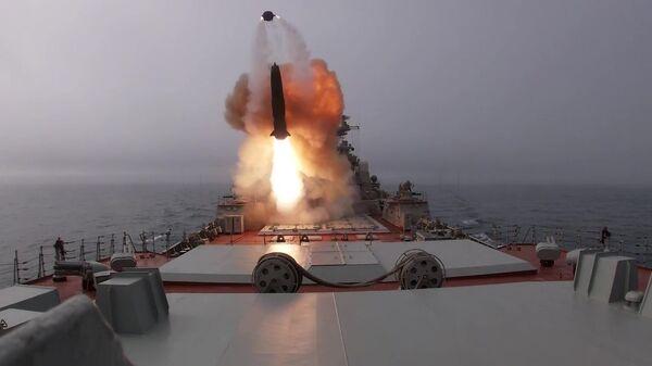 """Противбродске ракете """"Гранит"""" и """"Вулкан"""" коришћене на вежбама Северне флоте - Sputnik Србија"""