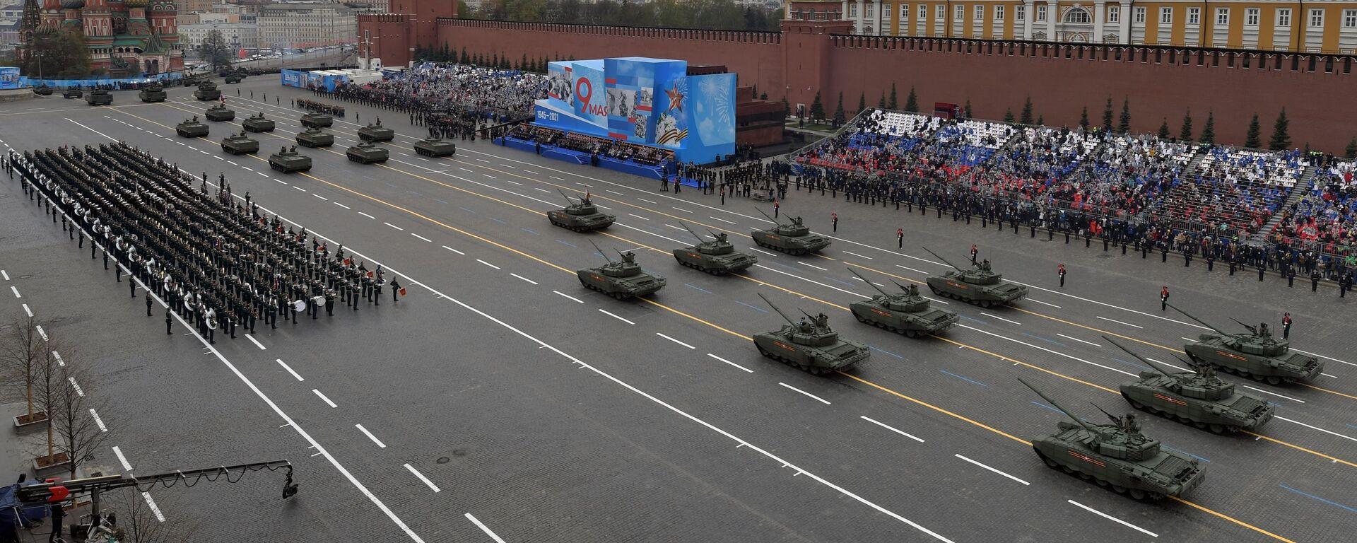 Tenkovi T-72B3M na vojnom delu Parade pobede povodom obeležavanja 76. godišnjice pobede u Drugom svetskom ratu - Sputnik Srbija, 1920, 16.05.2021
