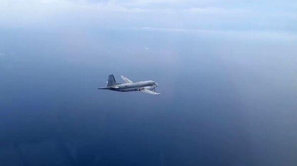 Izviđački avion NATO-a iznad Crnog mora - Sputnik Srbija