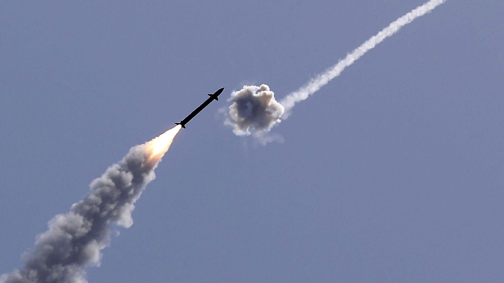 Израелски систем Гвоздена купола пресреће ракету - Sputnik Србија, 1920, 06.08.2021