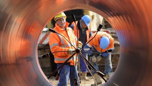 Цеви за заваривање на градилишту прикључне линије цевовода Балтичког мора (ОПАЛ) - Sputnik Србија