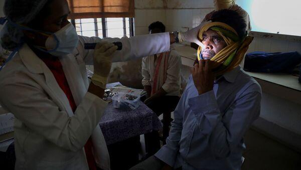 Pacijent u Indiji zaražen crnom gljivicom - Sputnik Srbija