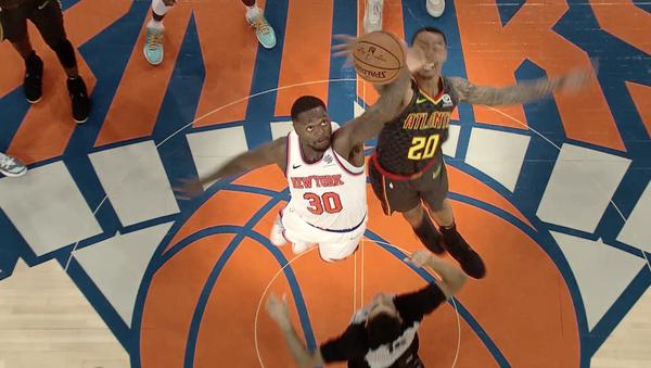 NBA košarkaši Džulijus Rendl i Džon Kolins - Sputnik Srbija