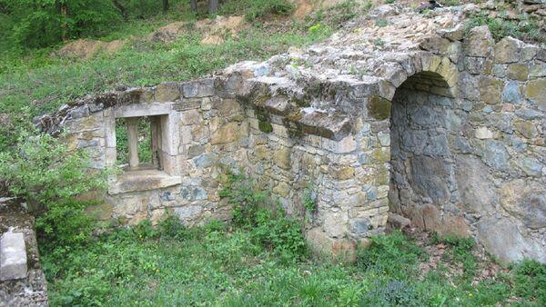 Manastir Kastaljan na Kosmaju kod Mladenovca - Sputnik Srbija