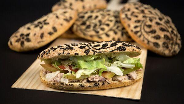 """Pekara """"Pan pinja"""" u Algatosinu (španska provincija Malaga) pravi hleb sa zlatom i srebrom koji mogu da priušte samo odabrani gurmani. - Sputnik Srbija"""