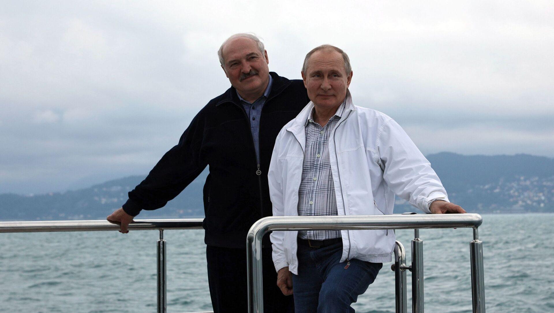 Predsednici Belorusije i Rusije, Aleksandar Lukašenko i Vladimir Putin, u Sočiju - Sputnik Srbija, 1920, 29.05.2021