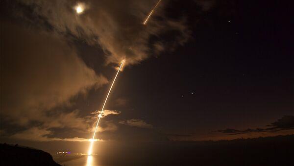 Lansiranje rakete PVO sistema na američkom poligonu za testiranje na Pacifiku u blizini Havaja - Sputnik Srbija