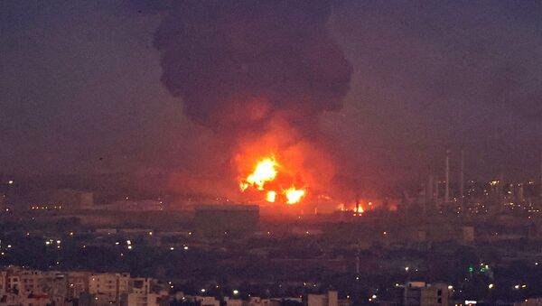Пожар у рафинерији нафте у Ирану - Sputnik Србија