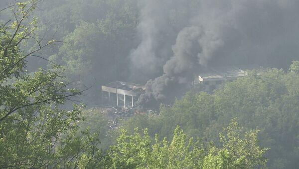 Пожар у Слободи у Чачку после експлозије - Sputnik Србија