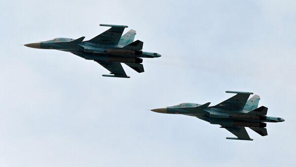 Ловци-бомбардери Су-34 - Sputnik Србија