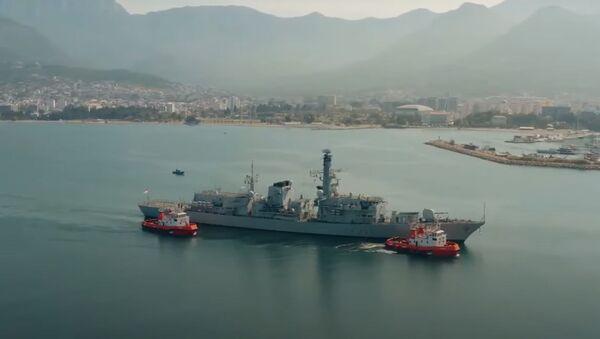 Britanska fregata Ričmond uplovljava u Luku Bar - Sputnik Srbija