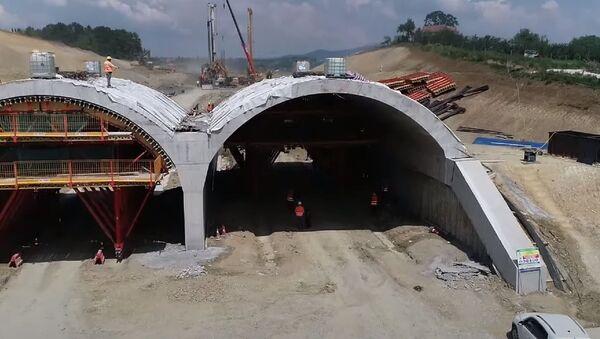 Tunel Trbušani na deonici auto-puta Preljina-Požega - Sputnik Srbija